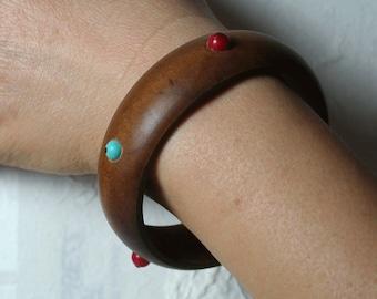 Beaded Wood Bangle Bracelet (item ID SZB-N16)