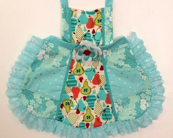 Frilly Fancy Pear Apron