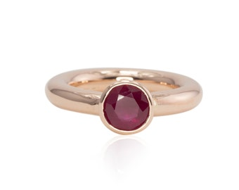 Bezel Set Round Ruby Ring in 14kt Rose Gold - Plain pipe band - LS2685