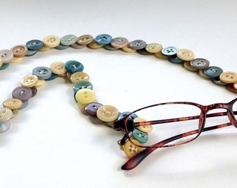 Glasses Chain in Vintage Buttons