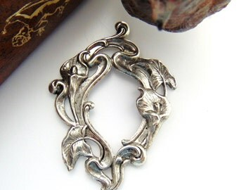 SILVER Art Nouveau Calla Lily Flower Stamping ~ Jewelry Ornament Findings (C-106) #
