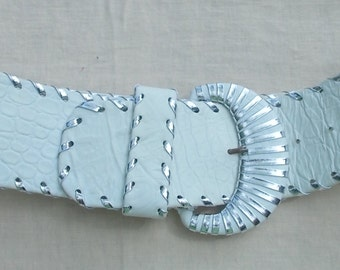 Vintage LeatheRock Mock Alligator Belt 80s BIG White and Silver the BOMB sz 30 down to 26 waist