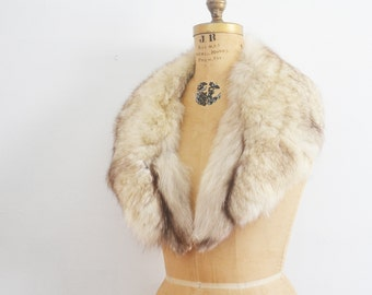 Fur collar /  fox fur collar