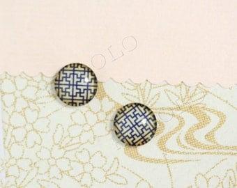 Sale - 10 pcs handmade glass cabochons 12mm (12-0542)