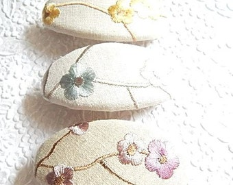 Floral barrette, embroidered barrette, fabric barrette, oval barrette, linen barrette, hair accessory, 3 colors to choose from