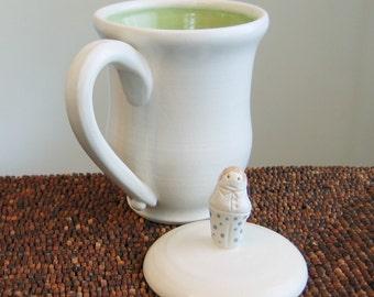 Lidded Mug for Steeping Tea - Covered Coffee Cup with Small Polka Dot Pants Man 10-14 oz.