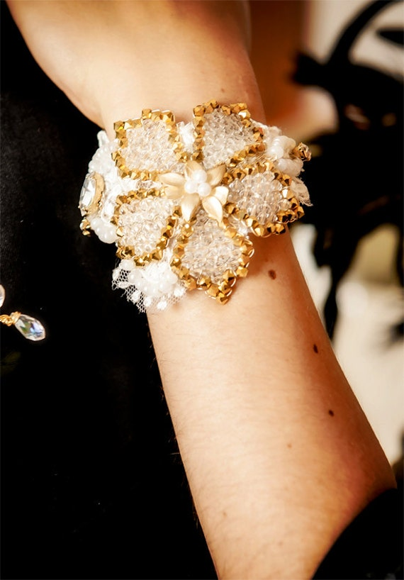 Bridal cuff bracelet LAELIA - hand beaded flower with Swarovski crystals