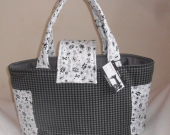 Large Houndstooth Skulls and Crossbones Diaper Bag Tote NEW PRINT
