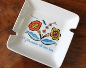 1950s Berggren ashtray or pin dish. Floral welcome.