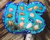 June Seashells Badge Holder - Seasonal