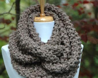 Barley Brown Chunky Knit Infinity Scarf, Chunky Scarf, Hand Knitted Infinity Scarf, Circle Scarf, Women Scarf,Knitted Neckwarmer, Wool Scarf