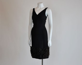 1950s dress / Ruffle That Party Vintage 50's Jay Herbert LBD Wiggle Dress