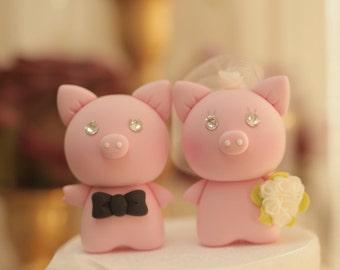 Pig and  Piggy Wedding Cake Topper---k759