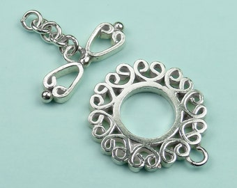 Stunning Shiny 925 Sterling Silver Heart Design Scrolled Toggle Clasp
