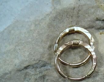 16 Illusions Hoop Earrings Gold Gold Hammered & Wrapped - 1mm  Mens Hoop Earrings, Everyday Hoop Earrings, Sleeper Hoop Earrings, Conch