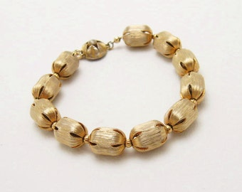 Metal Bead Bracelet on Chain Mid Century Costume Jewelry B6584