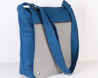 Men Messenger / Blue Gray Canvas / Cream Lining / Adjustable strap / Women Messenger / Travel Bag