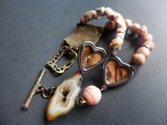 Anthroposophy. Rustic assemblage bracelet in salmon.