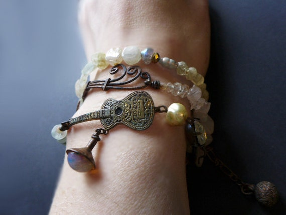 Berceuse. Triple wrap bracelet with semiprecious stones. Victorian tribal