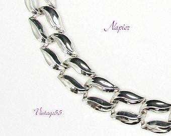 Napier Necklace Silver tone Double Leaf Link