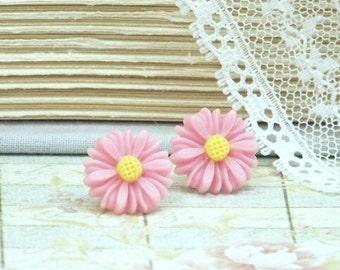 Pink Daisy Stud Earrings Pink Flower Earrings Pink Daisy Earrings Pink Stud Earrings Hypoallergenic