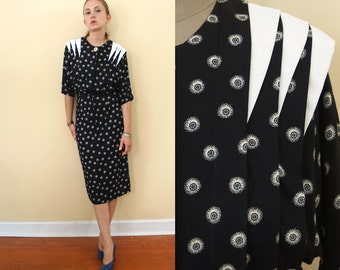 XS/S 1980s Knee Length Dress // vintage 80s extra small dolman sleeve pleated top // cool shoulder details // black and white rayon