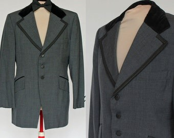 60's / 70's Gray Tuxedo Jacket / Wide Lapels / Velveteen Collar / Braided Lapels / After Six / 40 Short