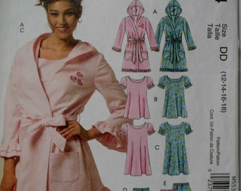 McCall's 5534 Misses Robe, Nightgown and Pajamas Sewing Pattern New/ Uncut Size 12, 14, 16, 18