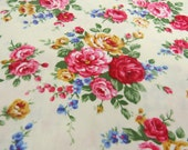 2537A - Lovely Rose Flower Bouquet in Creamy, Rose Flower Fabric, Floral Fabric