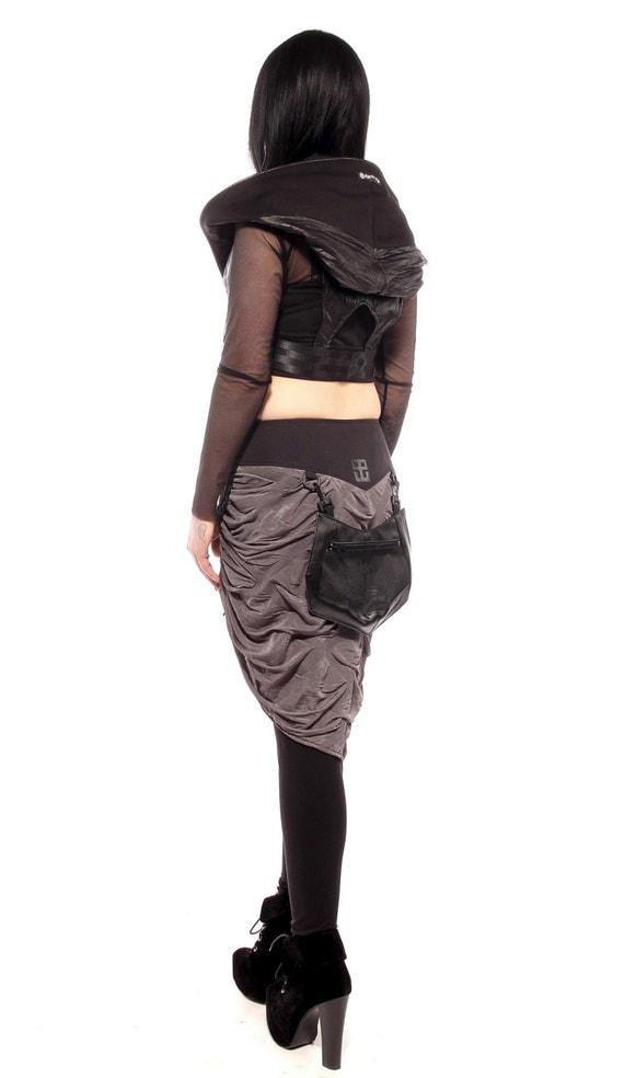 Cyberpunk bustle skirt, belt, accesory by Plastik Wrap.