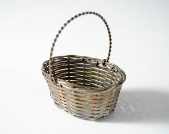 Small Silver Basket wedding ring
