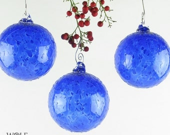 Blown Glass Christmas Tree Holiday Ornament Suncatcher Sapphire Blue Ice
