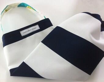 plastic bag holder // dispenser // navy and white wide stripes