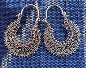 Outstanding granulation Sterling Silver hoop  Earrings / 1.40 inch long /  Silver 925