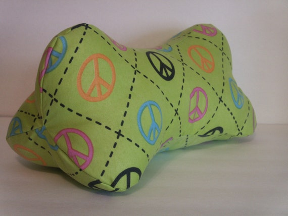 how to make a bone shaped pillow