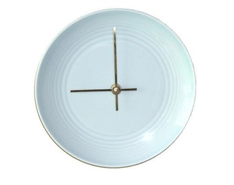 Pale Blue Modern Clock / Plate Wall Clock / Housewarming Gift / Wall Decor / Kitchen Clock / Kitchen Decor / Minimalist Wall Clock / 2104