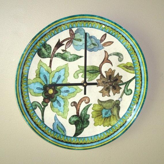 Horloge murale de fa ence assiette horloge dans les tons - Assiette murale ...