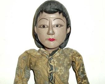 "VINTAGE PUPPET INDONESIA, Java folk art, Wayang Golek 21"" wood rod puppet, batik costume,rust,ivory,brown,black,olive,"
