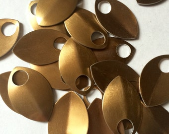 Bulk 1000 Bronze Large Anodized Aluminum Scales for Scalemaille and Chainmaille