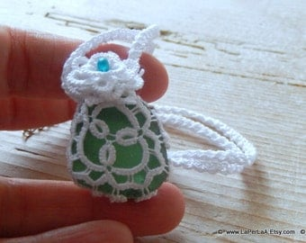 Mermaid Tears Sea Glass - WHITE - Genuine Amalfi sea glass pendant covered with tatted lace - recycled reuse