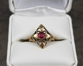 Vintage 1930s 10k Yellow Gold Synthenic Ruby Ring Size 6