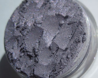 Pale Purple| Pink-Blue Highlights| Shimmer Vegan Mineral Eye Shadow - Born to Fight