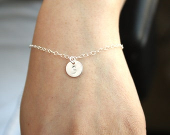 All Sterling Silver initial Disk Bracelet, Customized Letter, engraved monograms disk, cute simple, everyday jewelry, personal bracelet