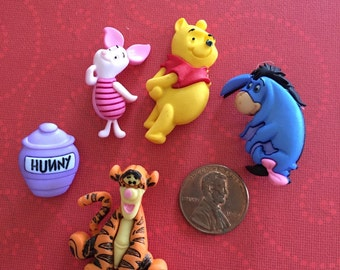 Winnie the Pooh button Embellishments