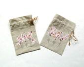 Linen gift bag, Summer bridal shower favor, pink flowers, linen bag, bridesmaids gift, drawstring pouch, appliqued flowers gift bag,