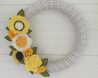 Bright spring wreath, wildflower wreath, fabric wrapped wreath, wool felt flower wreath,summer wreath,summer decor,houndstooth,wedding decor
