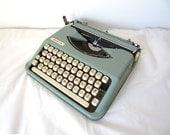 Seafoam Green Smith-Corona Standard Typewriter - Stephanie - Professionally Serviced
