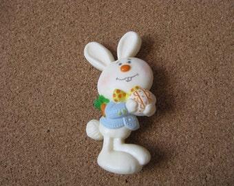 Vintage 1975 Hallmark Barnaby Bunny Easter Rabbit pin brooch