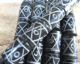 Agate Beads 15 X 10mm Rustic Black Smooth Hand Etched Drum Beads -  6 Pieces