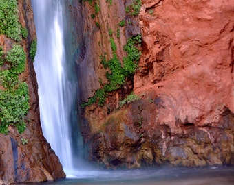Full Color Photo of Deer Creek Falls, Grand Canyon National Park, Arizona (AZD551)